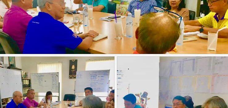 สองผู้อำนวยการท่องเที่ยวสำนักงานพัทยา-ระยองและสมาคมผู้บริหารสนามกอล์ฟภาคตะวันออก EGA Thailand ได้มาประชุมหารือเพื่อการโปรโมตกอล์ฟและการท่องเที่ยวเพื่อกระตุ้นวันธรรมดาที่ไม่ธรรมดาในช่วงGreen Season 2563 นักกอล์ฟเตรียมตัวนะครับ มาเที่ยวภาคตะวันออกเพื่อรับสิทธิประโยชน์พิเศษอันมากมาย คอยรับฟังข่าวดีนะครับเร็วนี้… Burapha Golf & Resort