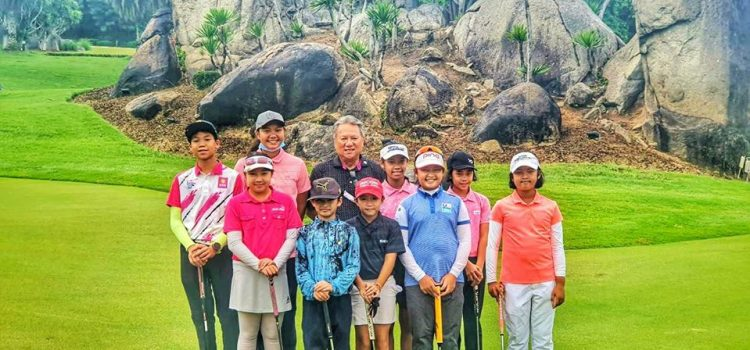 Welcome Sanfunn Junior Golf EGA Thailand from Nakornnayok. Junior golf is one of the fastest growing youth sports in the world. The sport will not only encourage your child to spend time outdoors, but it will teach them important life lessons along the way.
